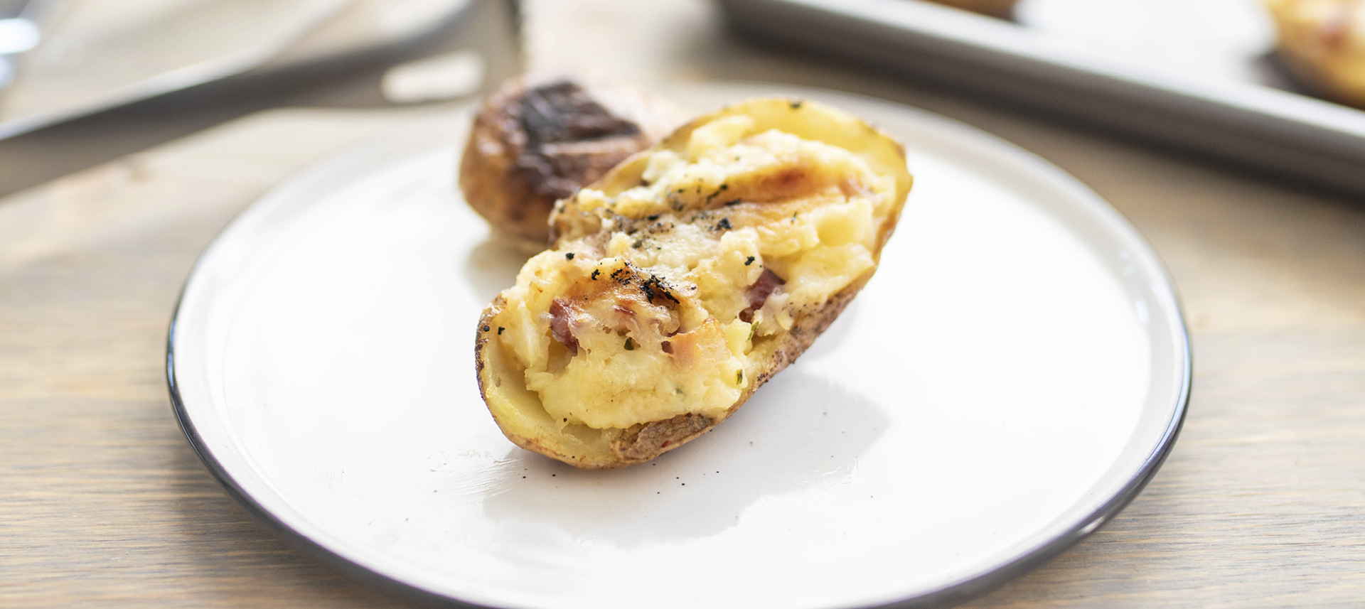 Punjeni krumpir grill rostilj.jpg
