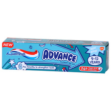 Aquafresh Advance Dječja pasta za zube 9-12 godina 75 ml