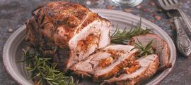 Pečena svinjetina punjena marelicama, gorgonzolom i orasima
