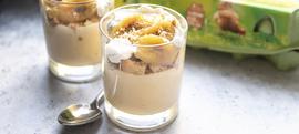 Domaći puding od vanilije s karameliziranom bananom