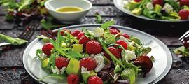 Salata s malinama