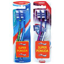 Aquafresh Triple Protection Četkice za zube medium razne boje 2/1