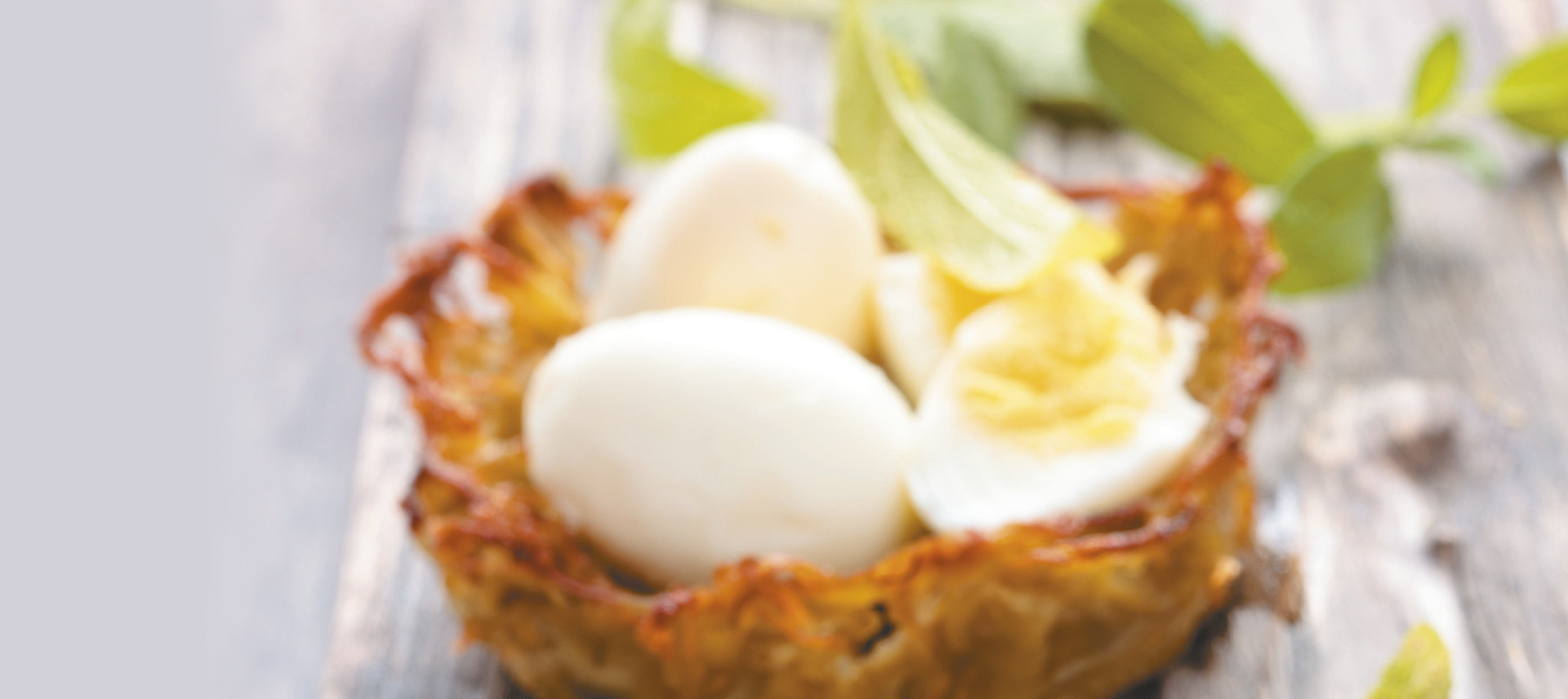 Gnijezda od krumpira s prepeličjim jajima.jpg