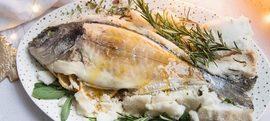 Cijela riba pečena u soli